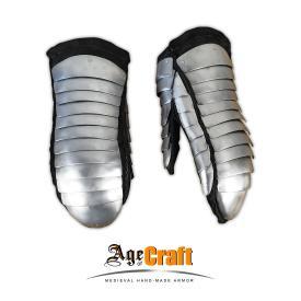 Brigandine-and-splint mittens
